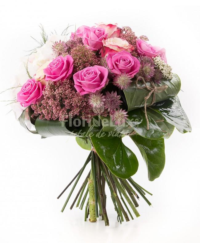 Buchet de trandafiri roz - cele mai frumoase buchete de flori