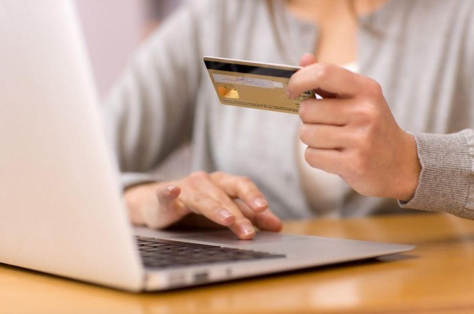 Ce program alegi pentru facturare in cazul unui magazin online