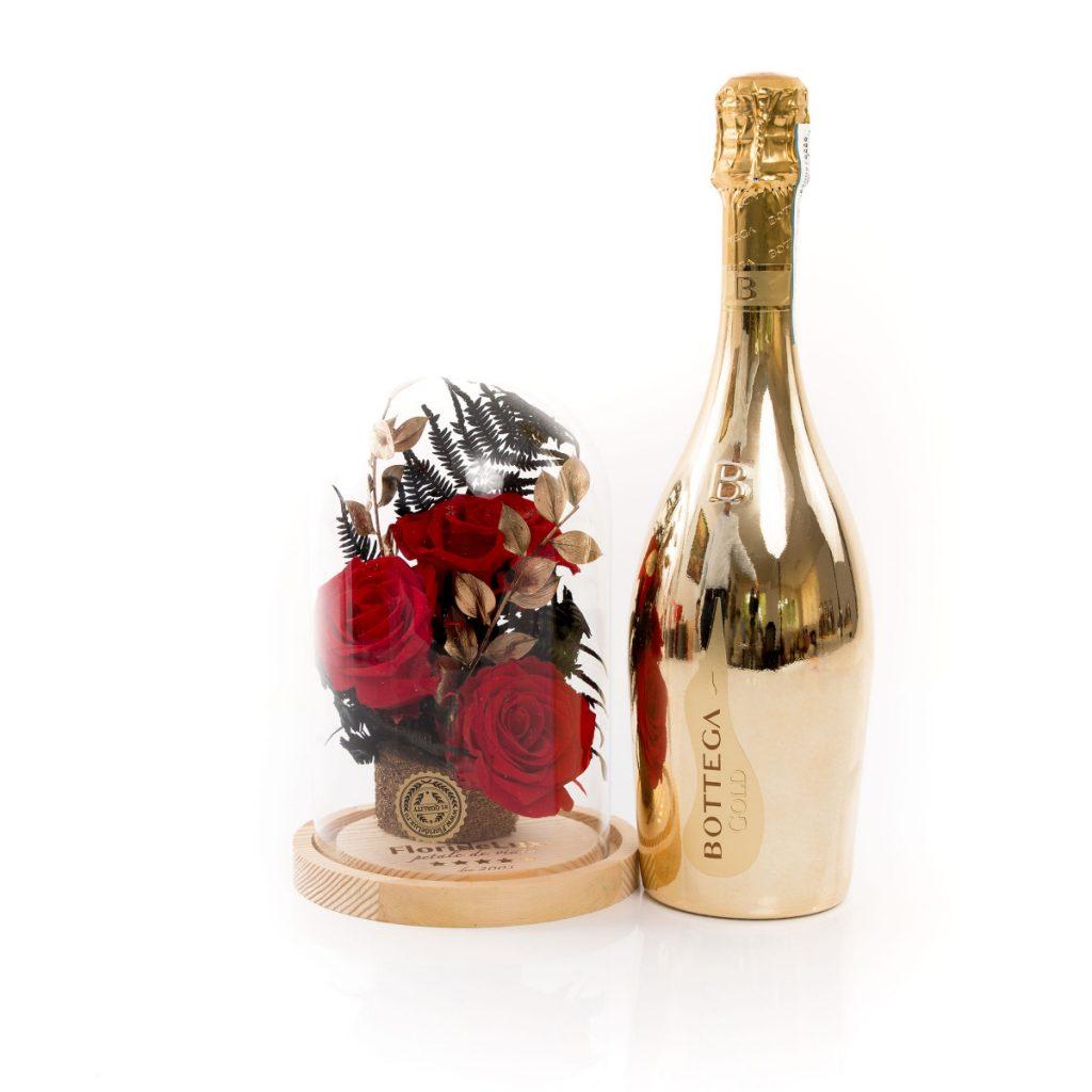 Trandafiri criogenați de lux și spumant, doar 419 RON!