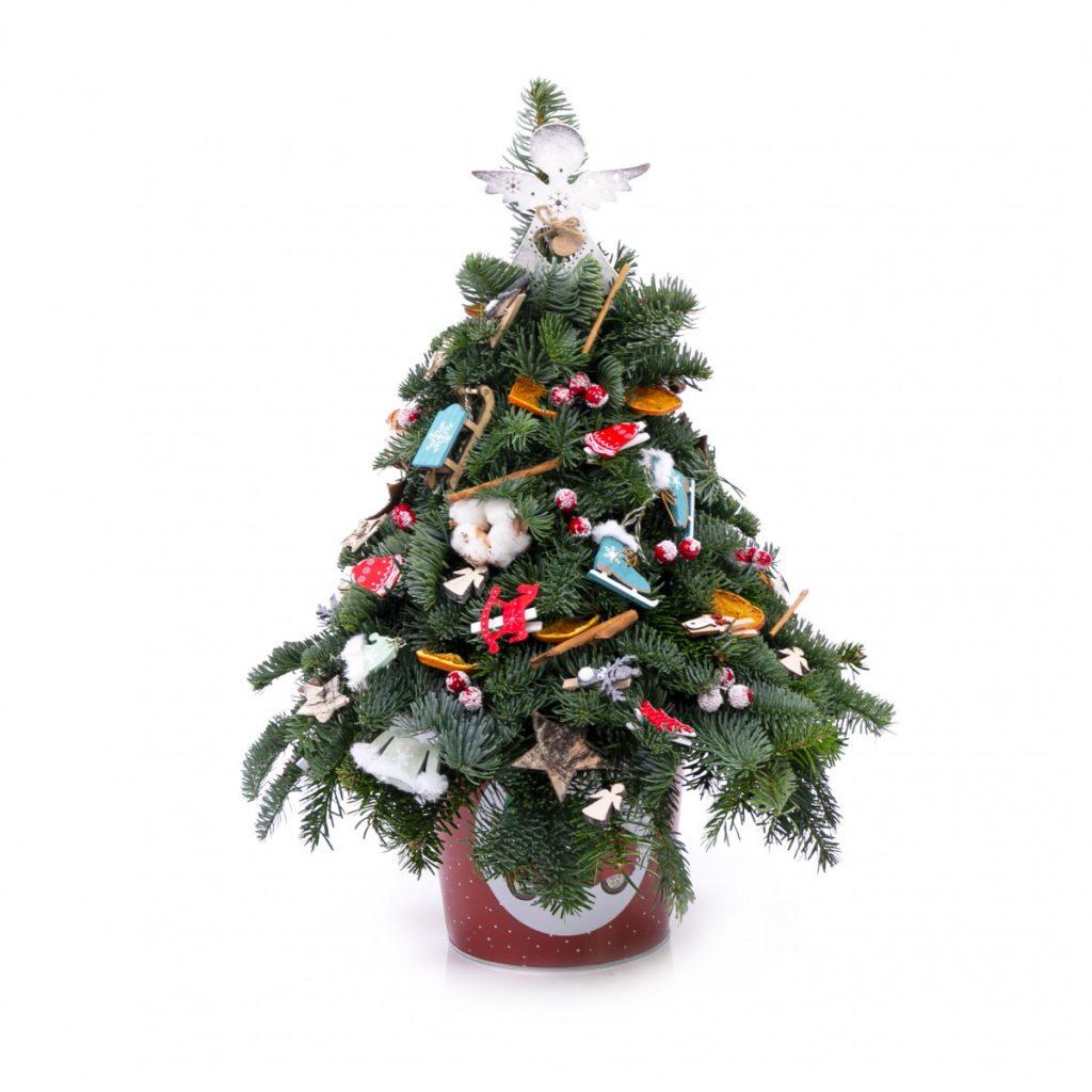 Bucuria iernii: bradut lucrat manual cu decoratiuni unicat, DOAR 497,99 ron!