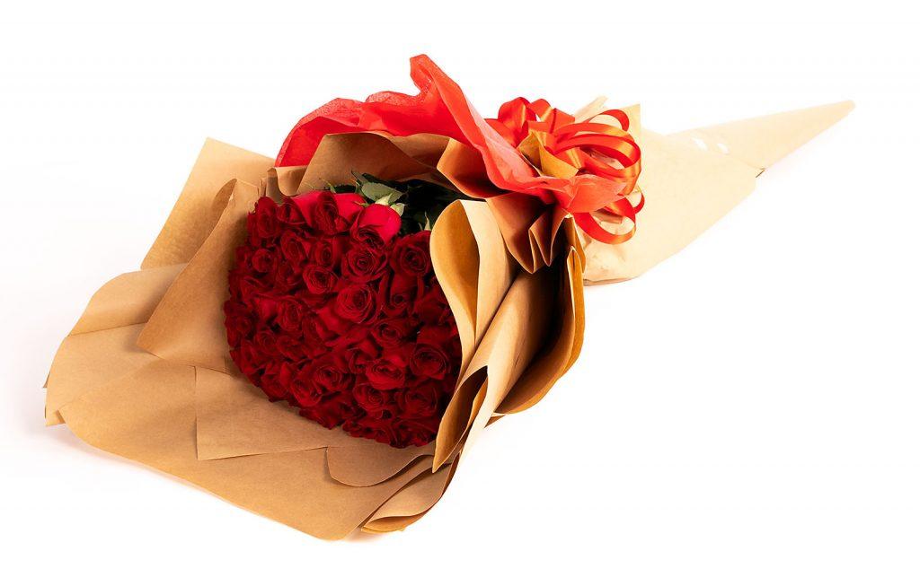 Citate și mesaje de Ziua Îndrăgostiților - mesaje perfecte pentru tine, Buchet floral de 1.5 metri, doar 929,99 RON!