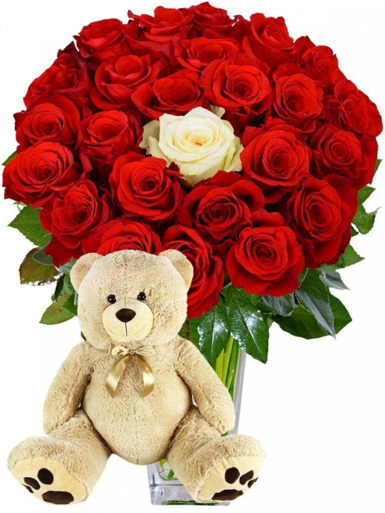 Citate și mesaje de Ziua Îndrăgostiților - mesaje perfecte pentru tine, Trandafiri romantici și ursuleț drăgălaș, doar 410,99 RON!
