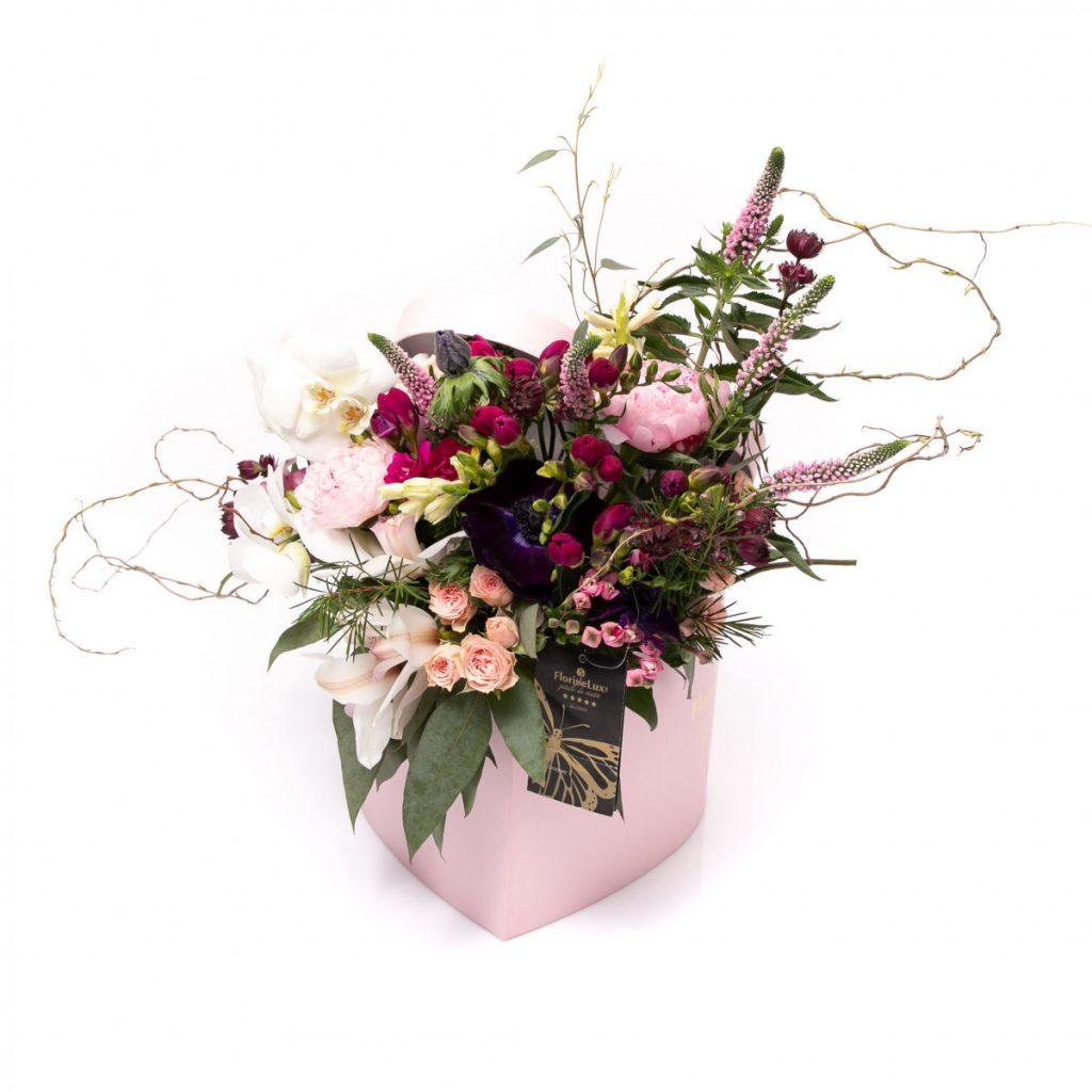 Cutii cu flori de la FlorideLux, Inima salbatica plina de flori parfumate, doar 499 RON!