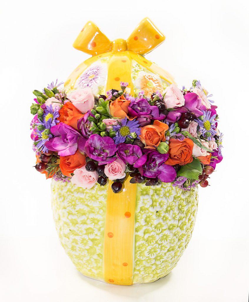 Ou din ceramică plin cu flori colorate, doar 339,99 RON!
