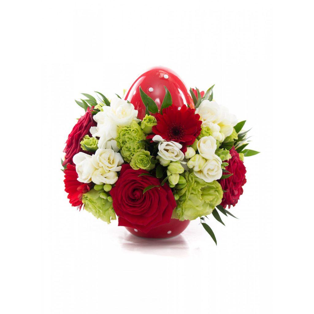 Ou roșu de Paște cu flori splendide, doar 195,99 RON!