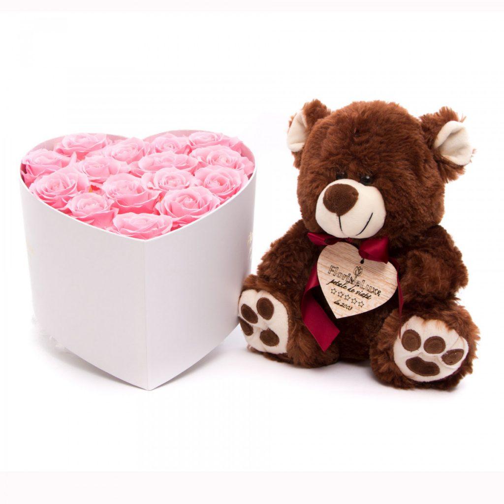 Trandafiri criogenati Luxury Pearls si ursulet, doar 635,99 RON!