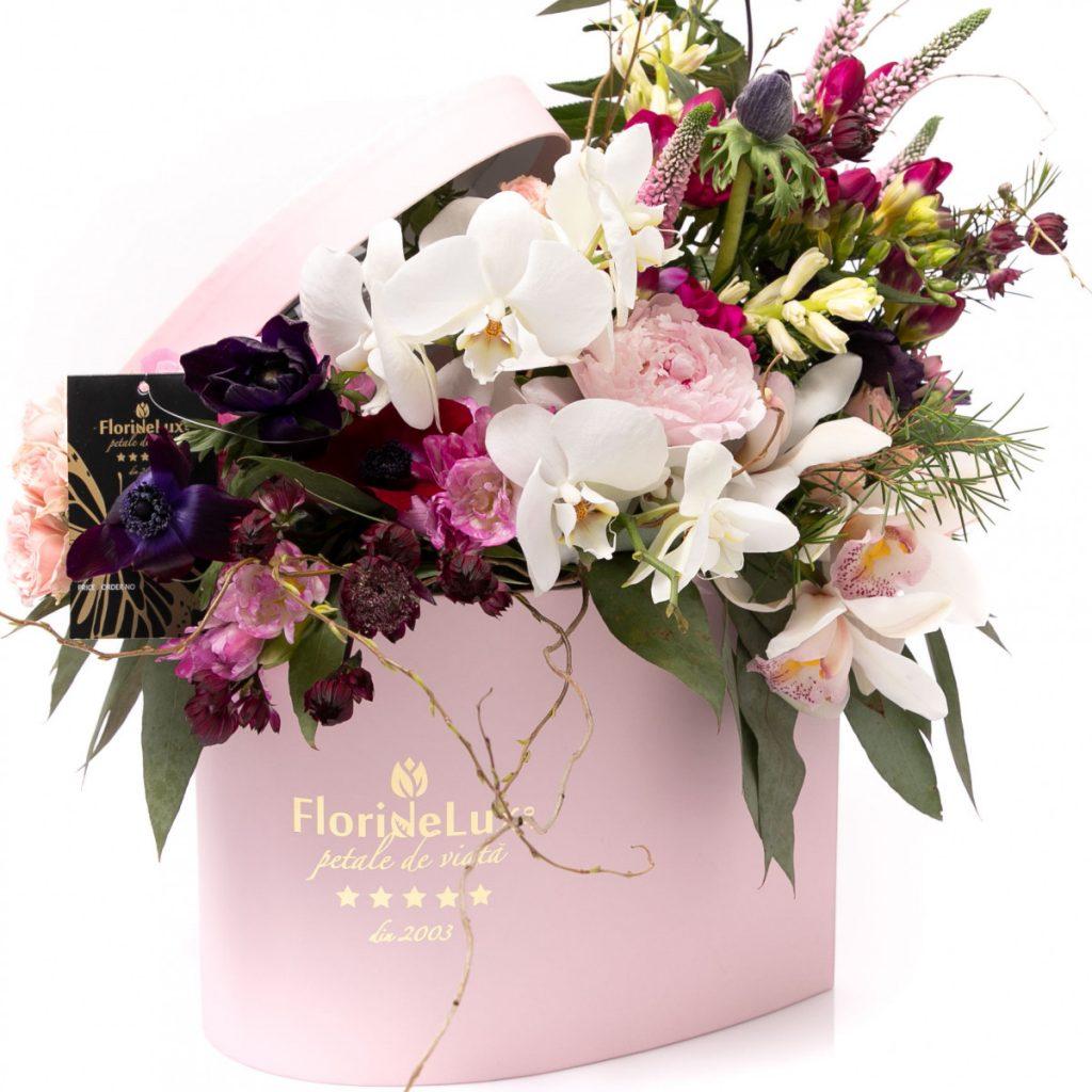 Florărie Botosani, Inima salbatica plina de flori parfumate, doar 559 RON