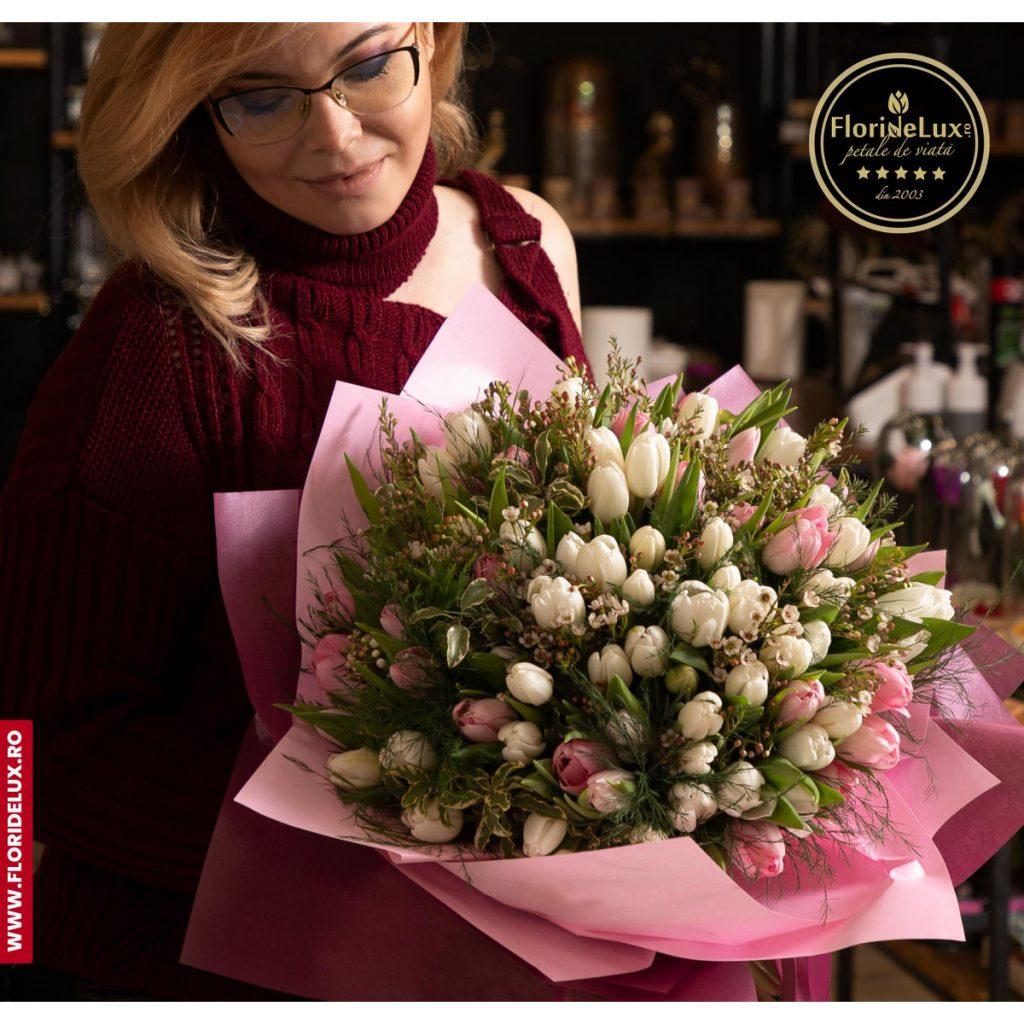 Esti in diaspora Afla cum poti comanda flori in Romania,  Cele mai frumoase lalele, doar 699,99 RON